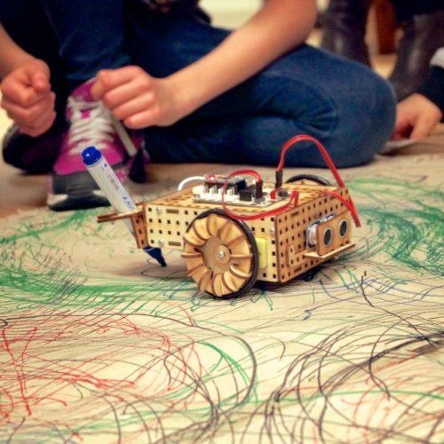 Drawing robot arduino lasercut